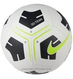Nike Park Fussball